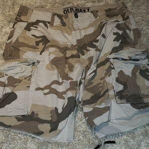 OLD NAVY Camo Cargo shorts